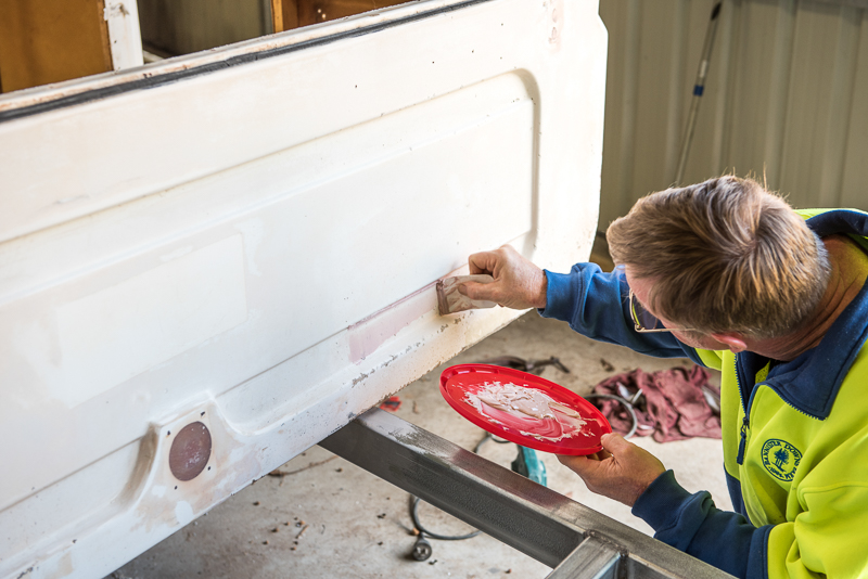 camper-trailer-body-repair