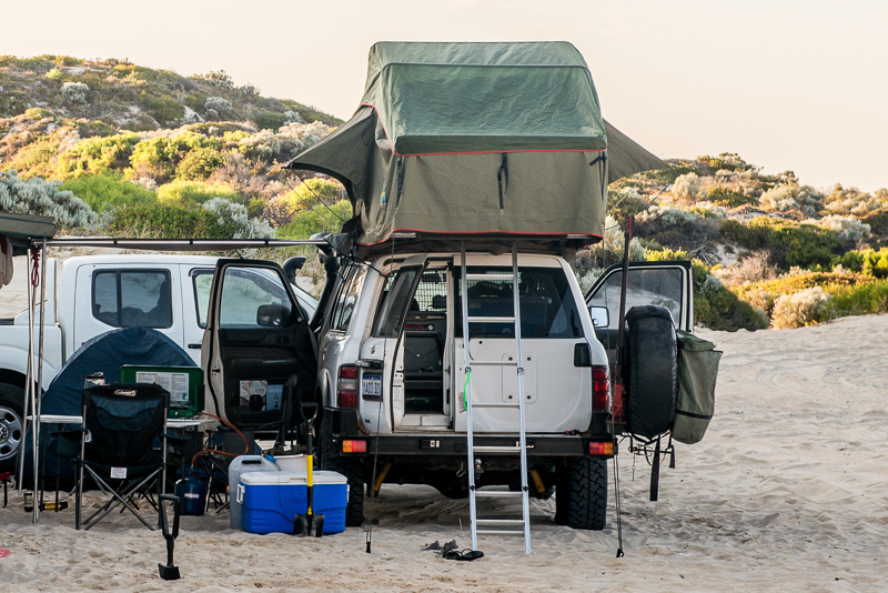 howling-moon-setup & Howling Moon Roof Top Tent Review | Intents Offroad