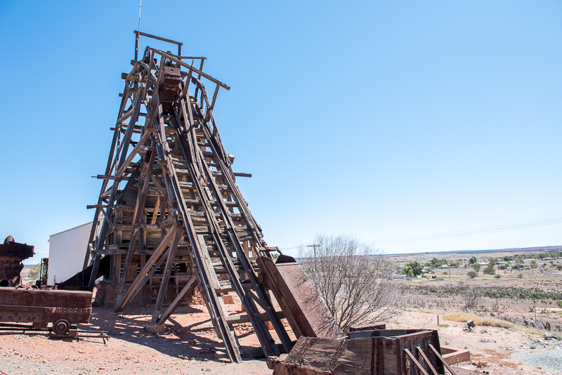 wooden-head-frame-mining